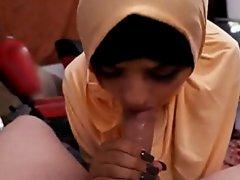 Muslim flashing Desert Rose  aka Prostitute on Watchteencam.com