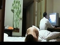 Japanese wife Flashes for TV mechanic on Watchteencam.com