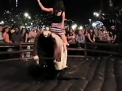 Unforgettable bull ride with a bootylicious lady on Watchteencam.com