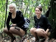 Hot group of women caught pissing on Watchteencam.com