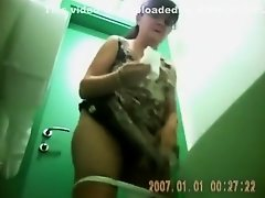 Post menopausal woman needs to take a piss on Watchteencam.com