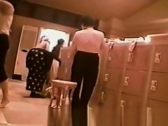 Onsen Locker Room on Watchteencam.com