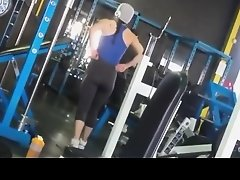 Sporty chick in the gym gets down bloused on Watchteencam.com