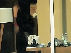 Hot chick spied through hotel window on Watchteencam.com