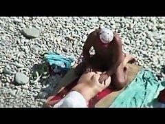 Couple caught on beach, hidden cam on Watchteencam.com