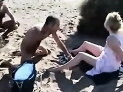 paja voyeur mirando en playa on Watchteencam.com