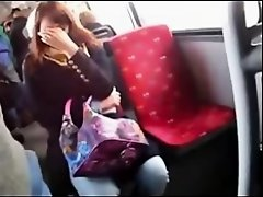 DICK Flash to curious girl on bus on Watchteencam.com