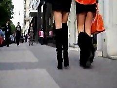 Femme En Bottes on Watchteencam.com