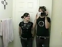 Usa guy tapes his emo gf shaving her legs and pussy, before she blows his cock. on Watchteencam.com