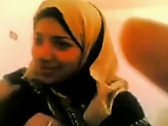 Chunky Arab wife loved the way that hottie got drilled in her love tunnel on Watchteencam.com
