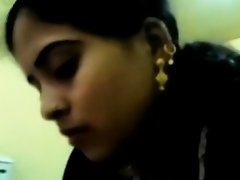 Karachi Chick in Dark Salwar on Watchteencam.com
