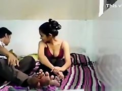 Indian cutie makes a sextape with her bf on Watchteencam.com