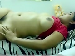 Indian girl makes a masturbation sextape for her bf and inserts a toy in her hairy pussy on Watchteencam.com