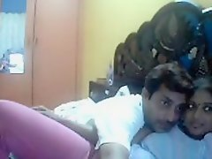 Kannada Indian aunty show asshole on webcam nice expressions on Watchteencam.com