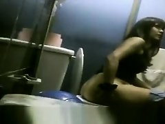 Latina Caught on Toilet on Watchteencam.com