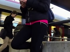 Candid - Nice Babe In Tight Leggings on Watchteencam.com