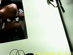 Wolter's dressing room 22 on Watchteencam.com