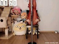 KOREAN BJ SEXY DANCE on Watchteencam.com