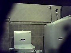Peeing on Watchteencam.com