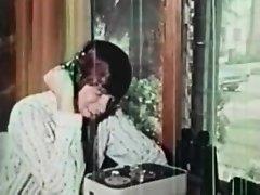 Retro Vintage Porn Trailers on Watchteencam.com