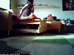 girl changing clothes on Watchteencam.com