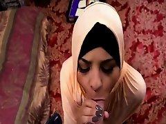 Muslim wife arab sex These street walkers are the best on Watchteencam.com