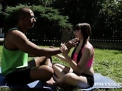 trailer scène interraciale private de la magnifique Luna Rival on Watchteencam.com