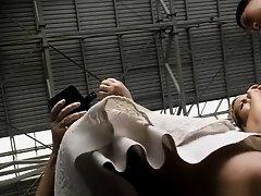 Pregnant woman upskirted on Watchteencam.com
